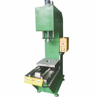 如何控制油压机系统安装